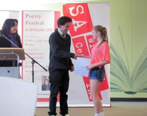 Cr Matthew Harbinson presents 2011 prize winners